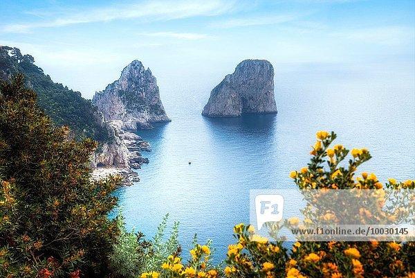 Kampanien Capri Faraglioni Italien Neapel