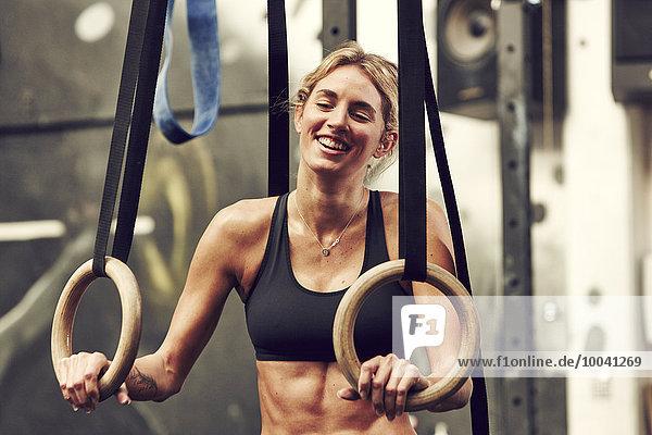 junge Frau, junge Frauen, Fitnesstraining, Training