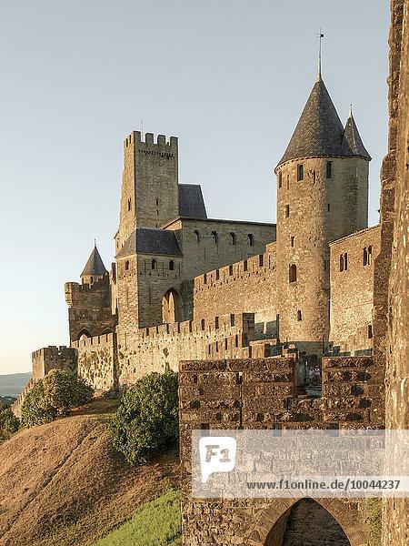 Frankreich  Languedoc-Roussillon  Blick auf die Festungsstadt Carcassonne