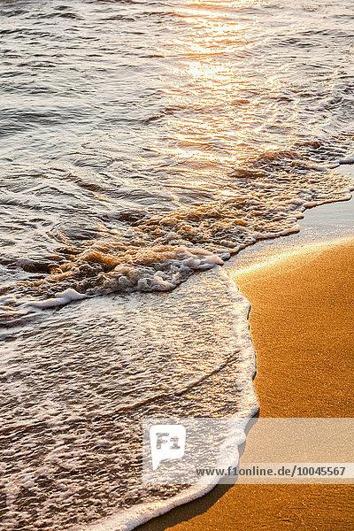 Griechenland  Korfu  Arillas Strand am Abend