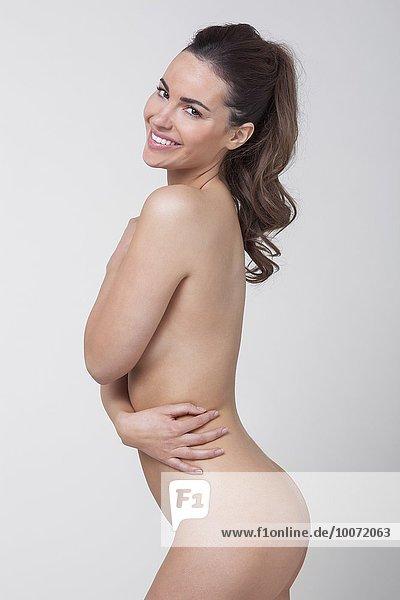 Nackte Frau posierend