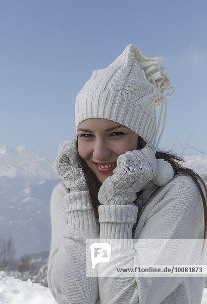 Europäer Frau Hut Handschuh Kleidung Schnee