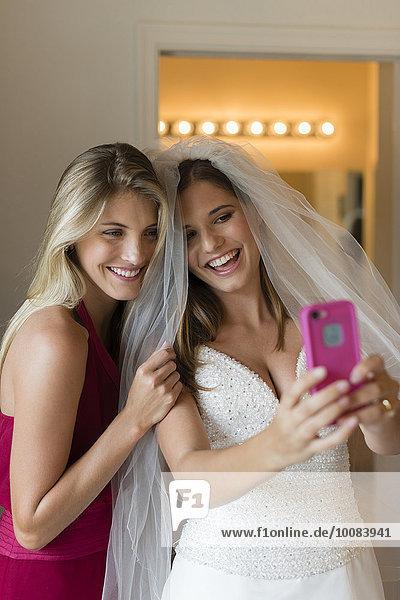 Europäer nehmen Braut Brautjungfer