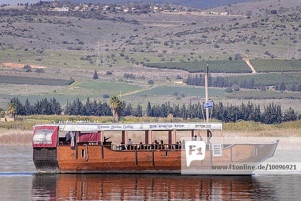 Boot für Touristen auf dem See Genezareth  Tiberias  Galiläa  Israel  Asien