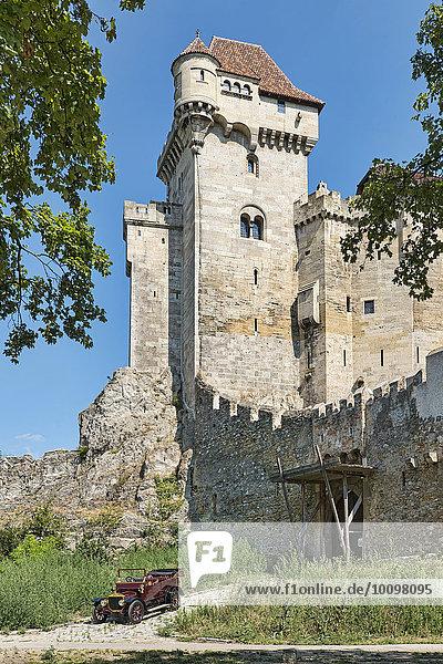 Oldtimer Straker Squire  Baujahr 1910  vor Burg Liechtenstein  Maria Enzersdorf  Niederösterreich  Österreich  Europa