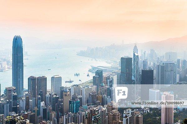 Central Hong Kong Skyline und Victoria Hafen  Hong Kong  China