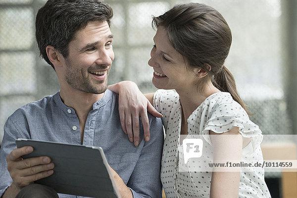 Koppeln Sie zu Hause mit einem digitalen Tablett.