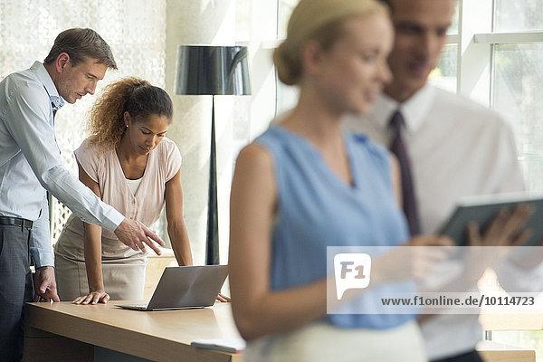 Drahtlose Geräte erleichtern die Zusammenarbeit im Unternehmen