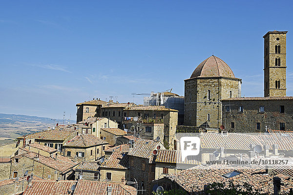 Rooftops and cityscape  Volterra  Province of Pisa  Tuscany  Italy  Europe