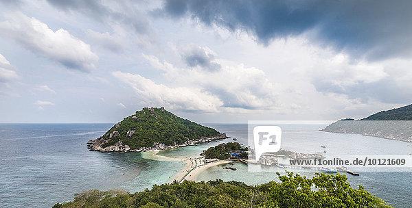 Ausblick über Insel Koh Nang Yuan  auch Nangyuan  bei Koh Tao  Golf von Thailand  Thailand  Asien