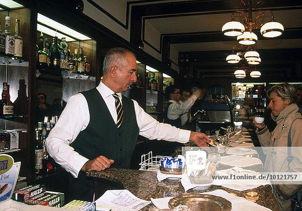 Bar  Bologna  Emilia-Romagna  Italien  Europa