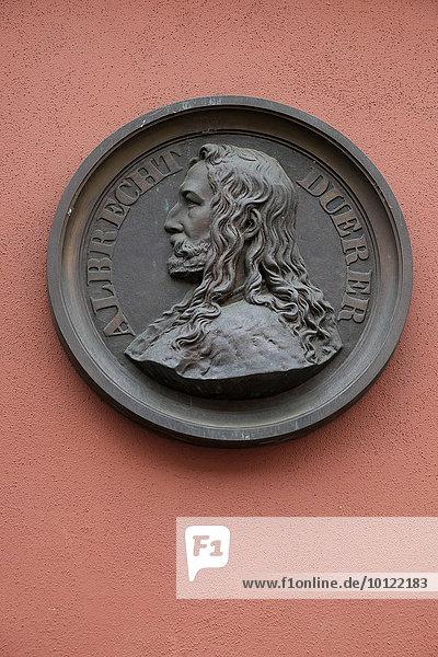Bildnis Albrecht Dürer an einer Hausfassade  Nürnberg  Mittelfranken  Bayern  Deutschland  Europa