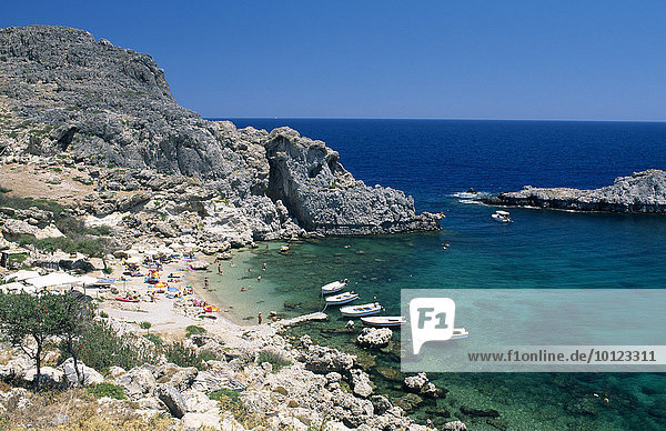 St. Paul's Bay in Lindos  Rhodos  Dodekanes  Griechenland  Europa