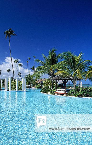 Pool  Gran Melia Resort bei Rio Grande  Puerto Rico  Karibik  Nordamerika