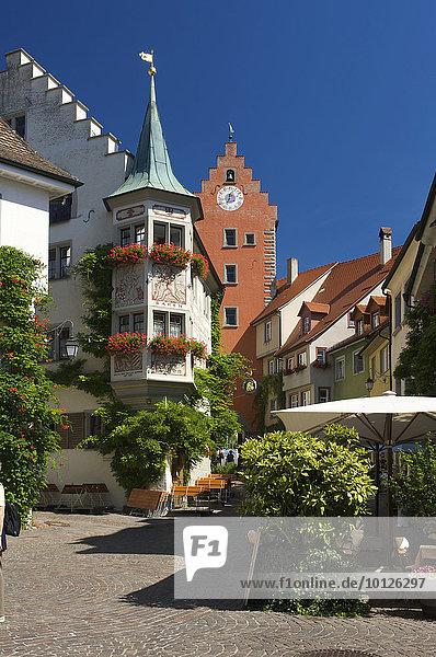 Markt und Obertor in Meersburg  Bodensee  Baden-Württemberg  Deutschland  Europa