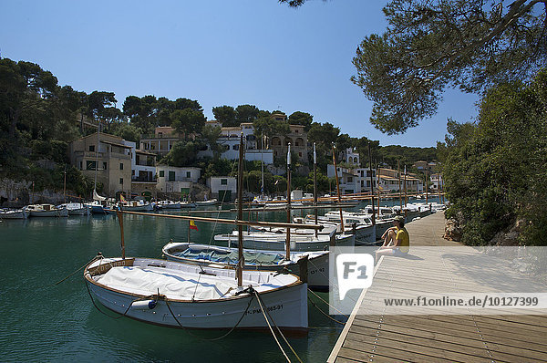 Boats in the small bay of Cala Figuera  Mallorca  Majorca  Balearic Islands  Spain  Europe