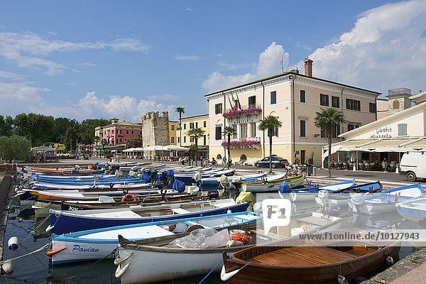 Harbour of Bardolino on Lake Garda  Bardolino  Gardasee  Italy  Europe