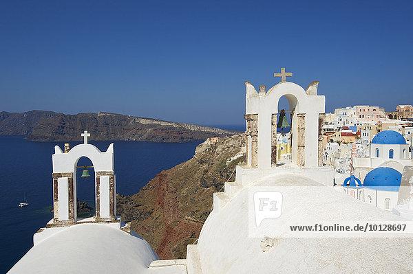 Kirche in Oia  Santorin  Kykladen  Griechenland  Europa