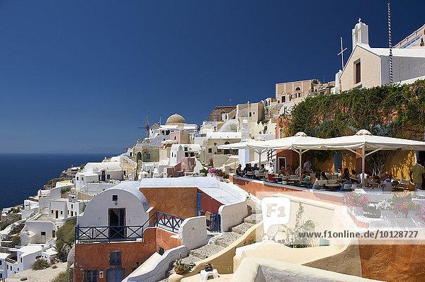 Ortsansicht Oia  Santorin  Kykladen  Griechenland  Europa