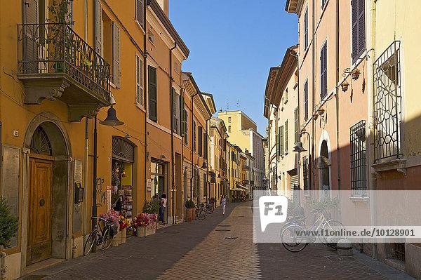 Gasse in Ravenna  Adria  Emilia-Romagna  Italien  Europa