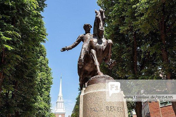 Vereinigte Staaten von Amerika USA hinter Statue Verehrung Boston Massachusetts alt