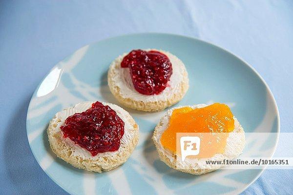 Käse 3 Kanapee Sahne Marmelade