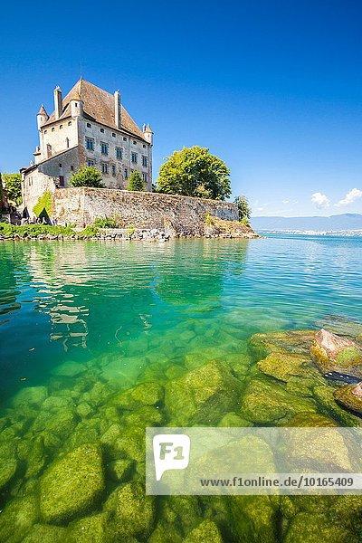 Wasserrand Frankreich Palast Schloß Schlösser See Haute-Savoie