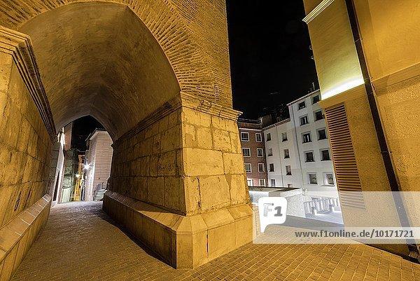 Nacht Straße Stadt Aragonien schmal alt Spanien
