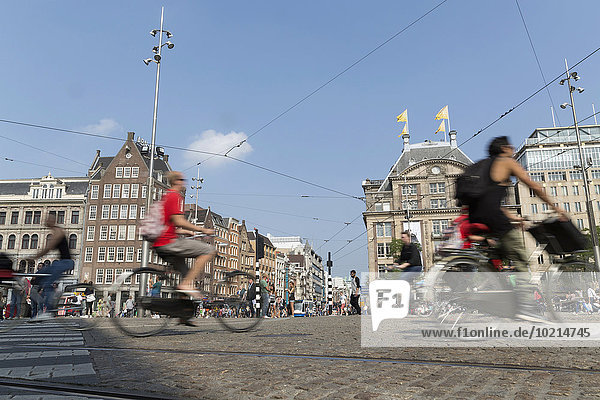 Amsterdam Hauptstadt Straße Ansicht Bewegungsunschärfe Niederlande Fahrradfahrer