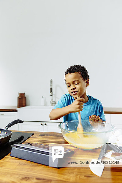 kochen Junge - Person Küche mischen Tablet PC Frühstück Mixed
