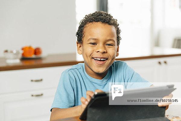 benutzen Junge - Person Küche mischen Tablet PC Mixed benutzen,Junge - Person,Küche,mischen,Tablet PC,Mixed