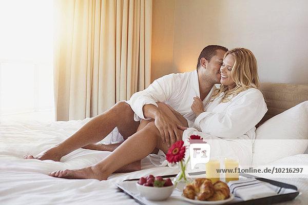 Fröhlichkeit Zimmer Bett Hotel Frühstück
