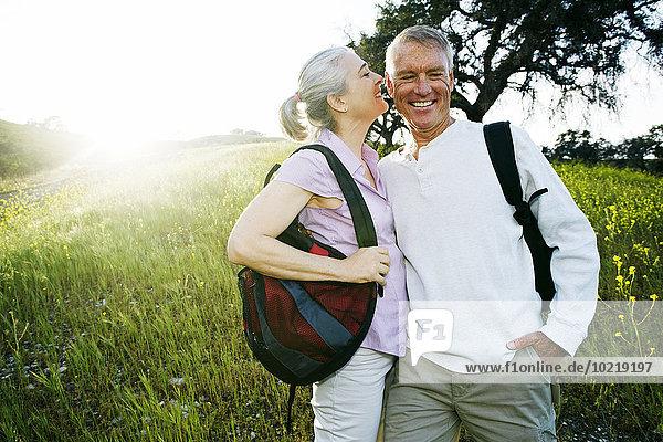 Europäer küssen groß großes großer große großen Gras Europäer,küssen,groß,großes,großer,große,großen,Gras