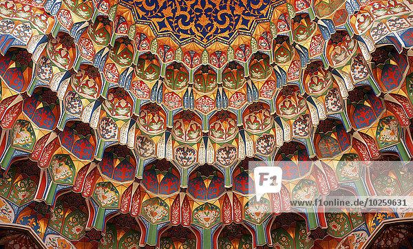 Vollbildaufnahme der dekorativen Moschee  Buchara  Usbekistan