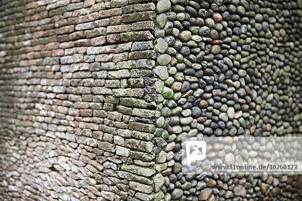 Vollbildaufnahme einer Steinmauer
