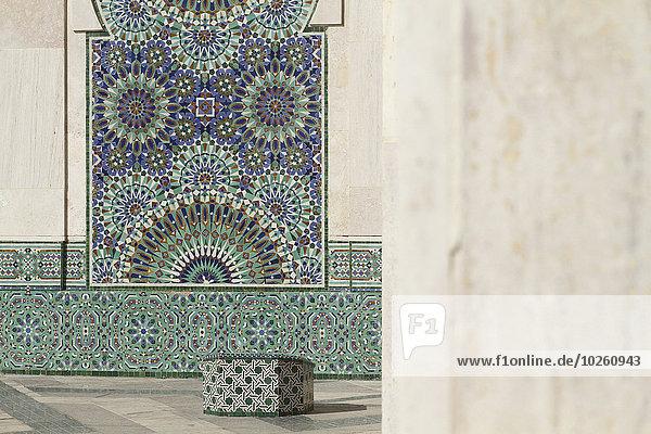 Entwürfe an der Wand der Hassan II Moschee