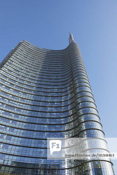 Wolkenkratzer im Finanzbezirk; Mailand  Lombardei  Italien