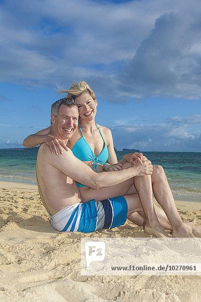 Fröhlichkeit Strand Verbindung