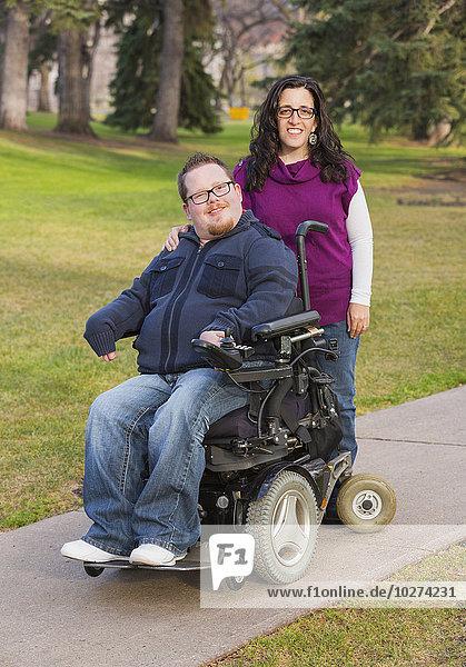 Pose Fotografie Ehefrau Herbst Behinderung Ehemann