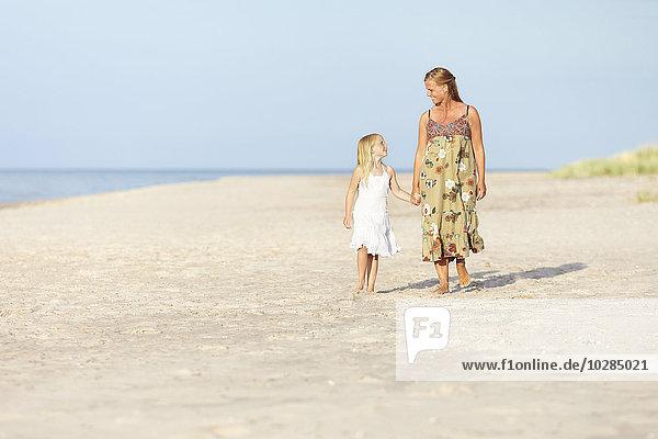 gehen Strand Tochter Mutter - Mensch