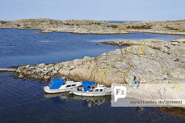 Schweden  Vastra Gotaland  Göteborg Archipel  Styrso  Kleine Yachten auf dem See