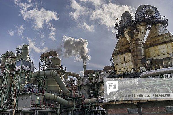 Industrieanlage  Kupferherstellung  Aurubis AG  Hamburg  Deutschland  Europa