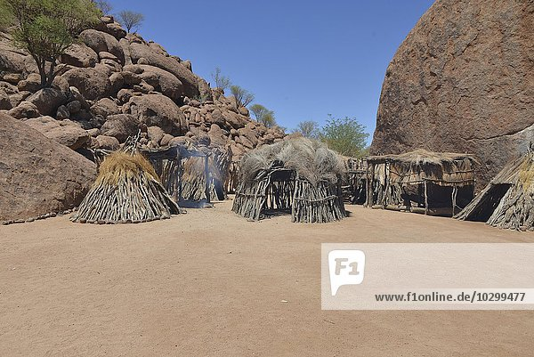 Dorf der Damara  Damara Living Museum  Museumsdorf  Twyfelfontein  Namibia  Afrika