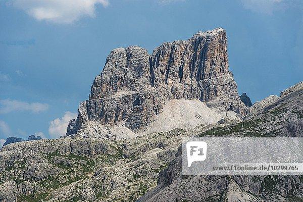 Monte Averau  2649 m  Dolomiten  Alpen  Provinz Belluno  Region Venetien  Veneto  Italien  Europa