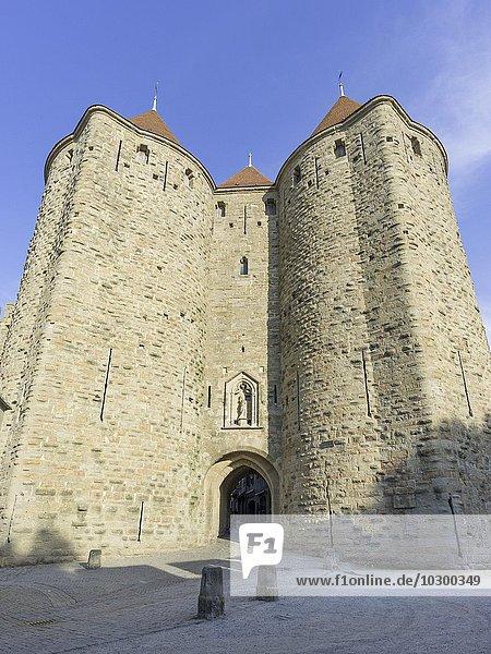 Porte Narbonnaise  Cité de Carcassonne  Languedoc-Roussillon  Frankreich  Europa