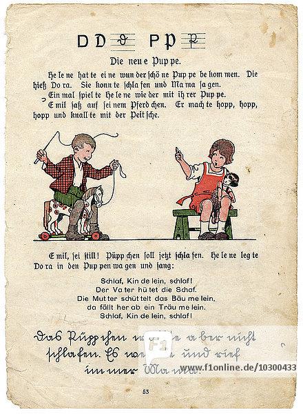 Old reading book in Sütterlin  Fraktur and Latin script  ca. 1930  Germany  Europe