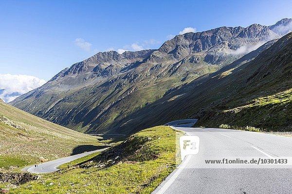 Pass-Straße  Passstraße Timmelsjoch  Passo del Rombo  Ötztal  Tirol  Österreich  Europa