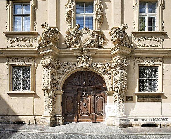 Böttingerhaus  repräsentatives Bürgerhaus des Barock  Eingangsportal  Bamberg  Oberfranken  Bayern  Deutschland  Europa