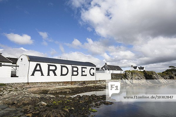 Brennerei Ardbeg Distillery  Isle of Islay  Innere Hebriden  Schottland  Großbritannien  Europa