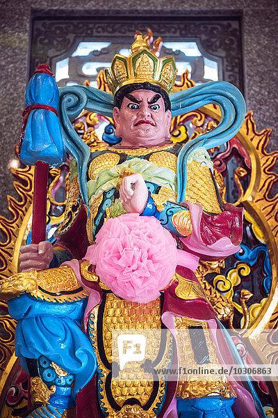 Thailand  Kanchanaburi  Statue of Guan Yu in a public temple